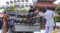 Những con người thầm lặng trong khóa tu mùa hè chùa Ba Vàng 2018