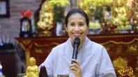 Cô Phạm Thị Yến chia sẻ Pháp tại chùa Diên Phúc Thanh Hóa