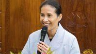 Cô Phạm Thị Yến chia sẻ Pháp tại đạo tràng Chính Kiến - Hạ Long - Quảng Ninh
