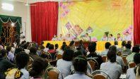Cô Phạm Thị Yến chủ nhiệm CLB Cúc Vàng - Tập Tu Lục Hòa trạch Pháp ngày 20 tháng 10 năm Mậu Tuất