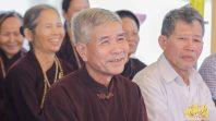 Phật tử Phạm Thị Yến chủ nhiệm CLB Cúc Vàng - Tập Tu Lục Hòa trạch Pháp tại Ninh Bình.